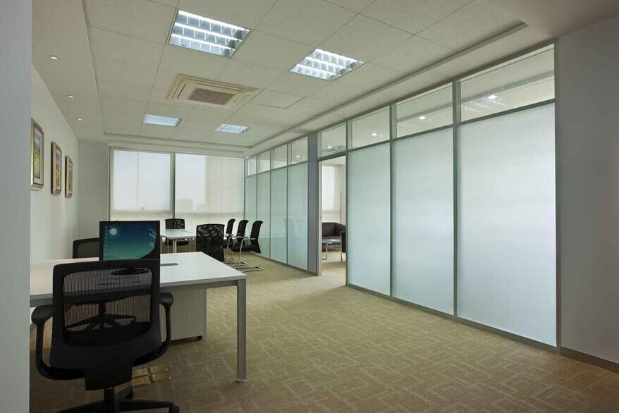 玻璃隔墙,玻璃隔断,高隔间,百叶隔断,办公隔墙,活动隔断