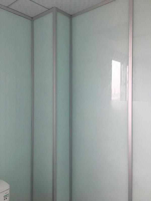 烤漆玻璃隔断墙,烤漆玻璃隔断,玻璃隔断
