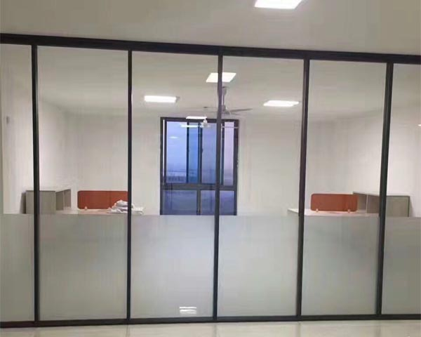 单层磨砂玻璃隔断墙